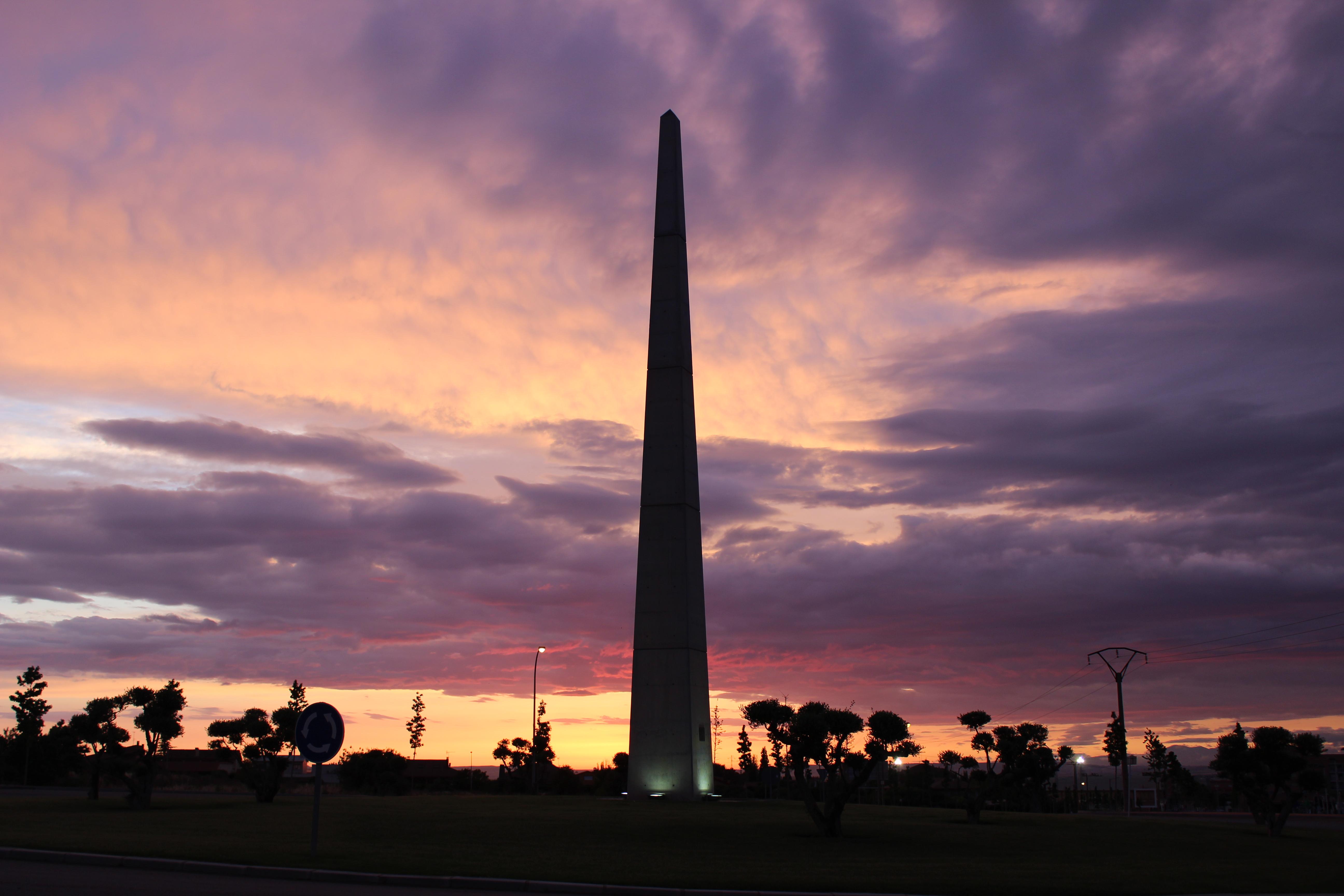 Obelisc de la Plaça de les Llums